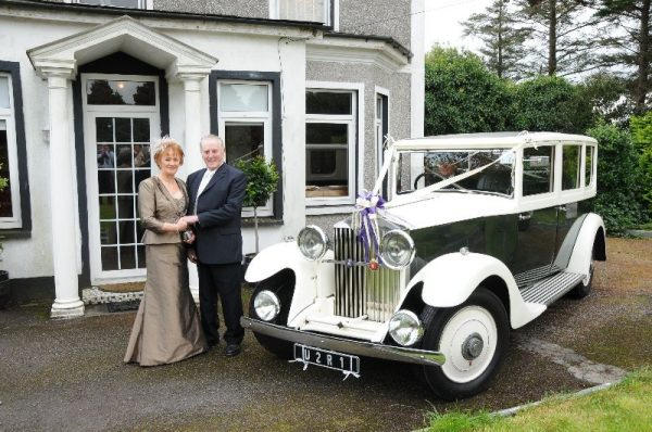 Vintage wedding Car Hire - Bride and Groom with a vintage Rolls Royce (1932)