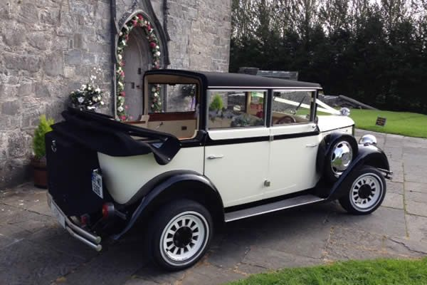 Regent - vintage style wedding car - hood down